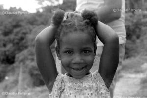 Menina Etiene, neta de Benedita da Silva