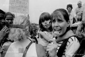Manifestação de pais e alunos de escolas municipais contra falta de professores